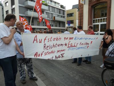 Sozialraubdemo in Gießen am 29.06.2010